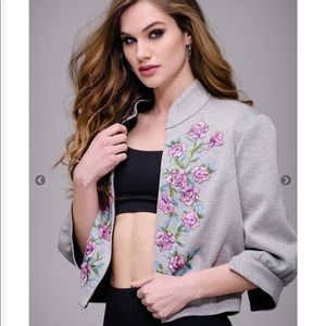 Maslavi gray floral embroidered bomber size 4